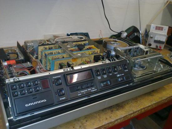 Magnétoscope Secam SVR-4004 GRUNDIG - Année 1979