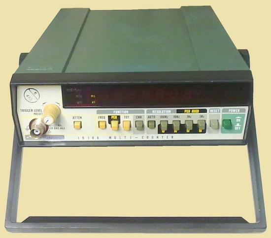 Fréquencemètre 1910A - FLUKE - Année 1978