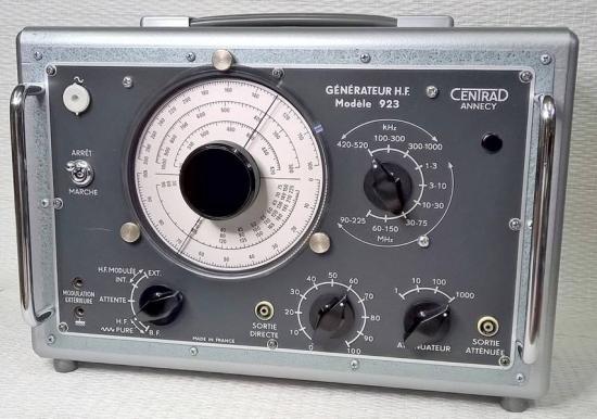 Générateur HF 923 CENTRAD - Année 1958