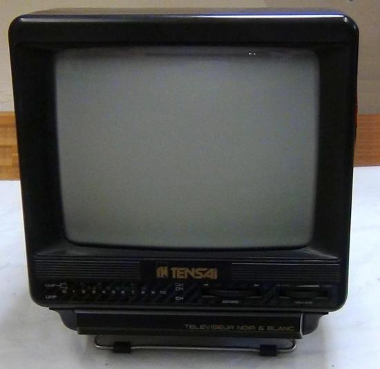 Téléviseur NetB TNB-1807 TENSAI - Année 1980 ?