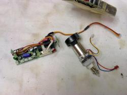 7-platine-viseur-tube-n-b-1.jpg